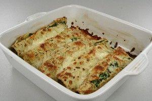 Pandekager med spinat og laks med billede Endnu en opskrift fra Alletiders Kogebog blandt tusindevis opskrifter.