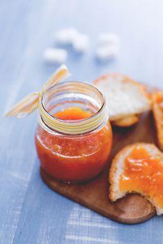 Confettura di susine gialle: ideale da spalmare sul pane o per farcire una crostata! (Yellow plums jam)