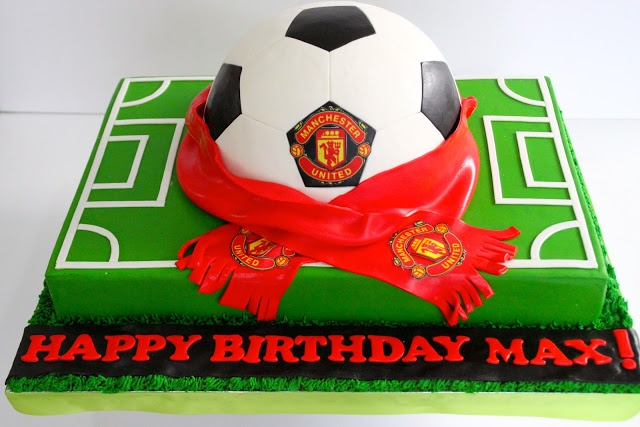 Celebrate with Cake!: ManU Soccer Ball Cake