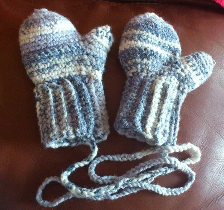 80 Best Images About Crochet Mittens On Pinterest Free
