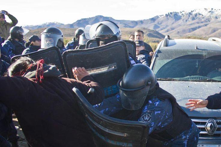 Chubut: represión en la comunidad mapuche Pu Lof, Luciano Benetton, Epuyén, Radio Libre, Río Negro, Gendarmería e infantería,