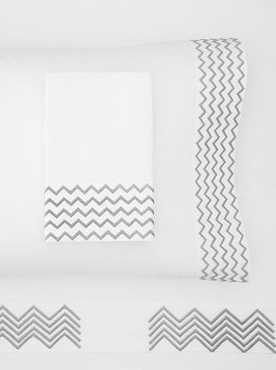 55% OFF Haute Home Embroidered Zig Zag Sheet Set (Gray)