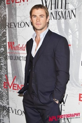 Chris Hemsworth - Snow White and the Huntsman http://aplphotography.com.au/wp-content/uploads/2012/09/IMG_9655-276x415.jpg #aplphotographyChris Hemsworth Snow White