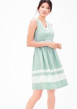 Letní šaty z bavlněného saténu, s.Oliver #avendro #avendrocz #avendro_cz #fashion #soliver
