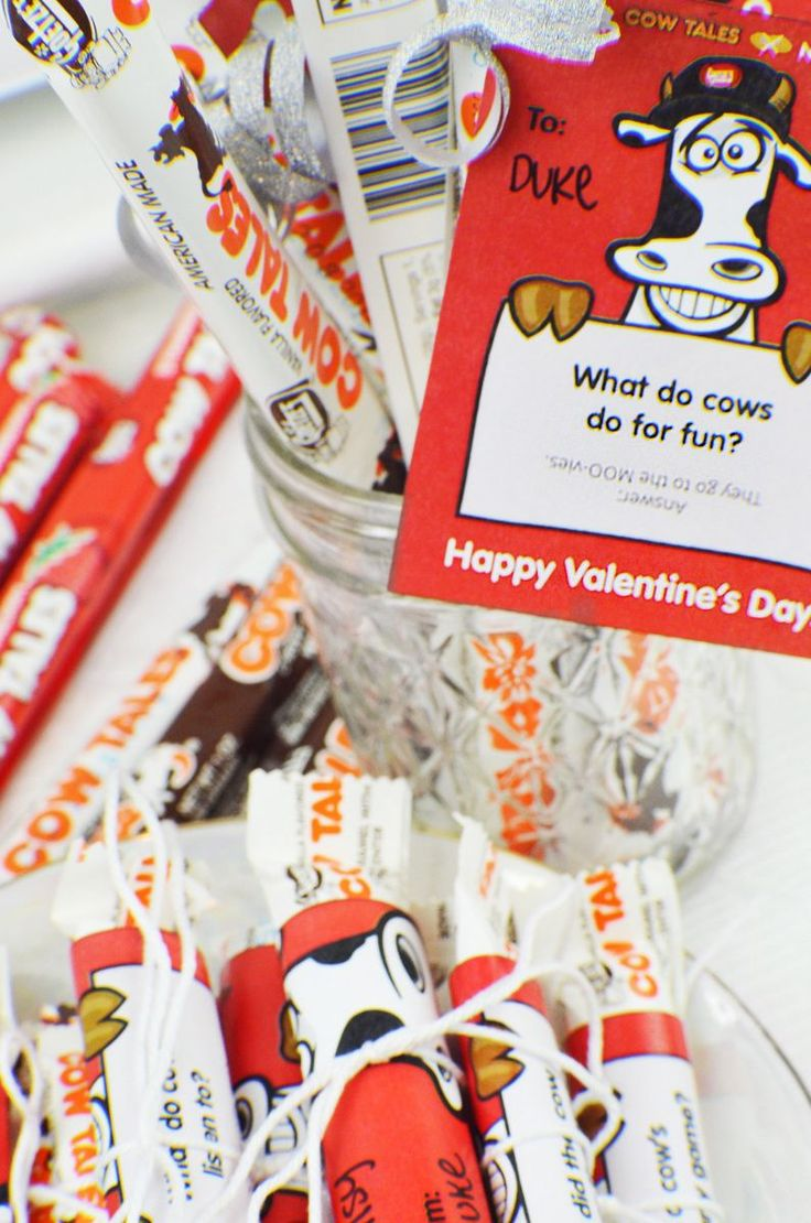 Free Valentine Card Printables!<br>Download Punny Cows and Cow Jokes Valentines