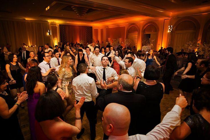 Najlepsze piosenki na wesele, które zagwarantują udaną zabawę - Porady ślubne - Ślubowisko