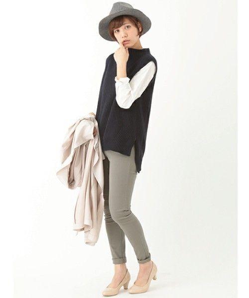 春の初めに合わせやすいボトルネック ベストの着こなし・コーデ・スタイル・ファッション☆