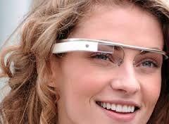 Liefhebbers van hardlopen, zet jullie schrap. In Londen wordt momenteel een app gebouwd voor Google Glass, de internet-bril van Google, waarmee je kunt lopen tegen jezelf, je vrienden of een groep zombies. Joggen zal nooit meer hetzelfde zijn.