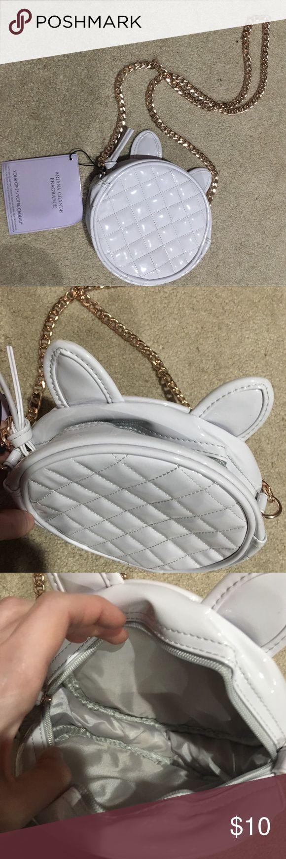 Ariana Grande Cat Purse Ariana Hrande white cat purse with rose gold chain strap  make an offer! Ariana Grande Bags Crossbody Bags