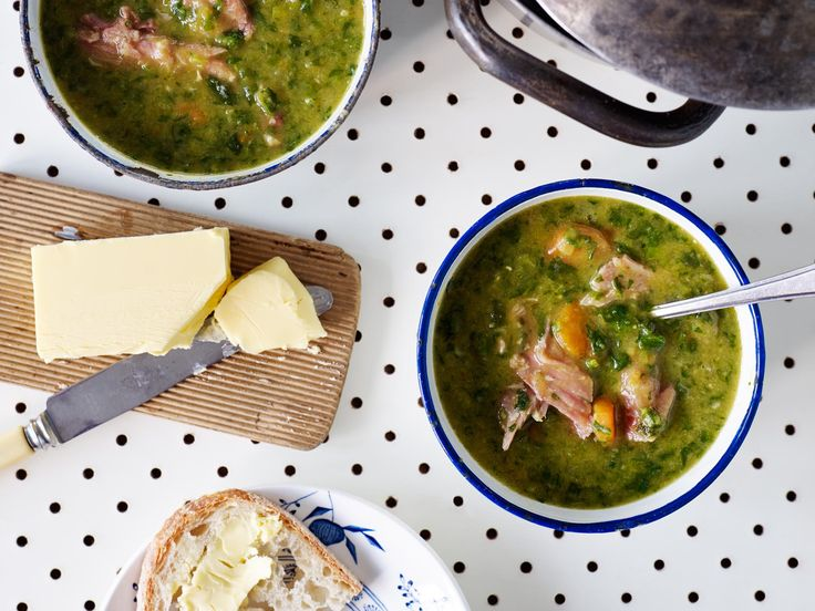 Split Pea Soup with Bacon Hock