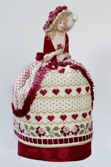 Cecelia - A Romantic Pincushion Doll From Giulia Punti Antichi - Cross Stitch Charts - Embroidery - Casa Cenina