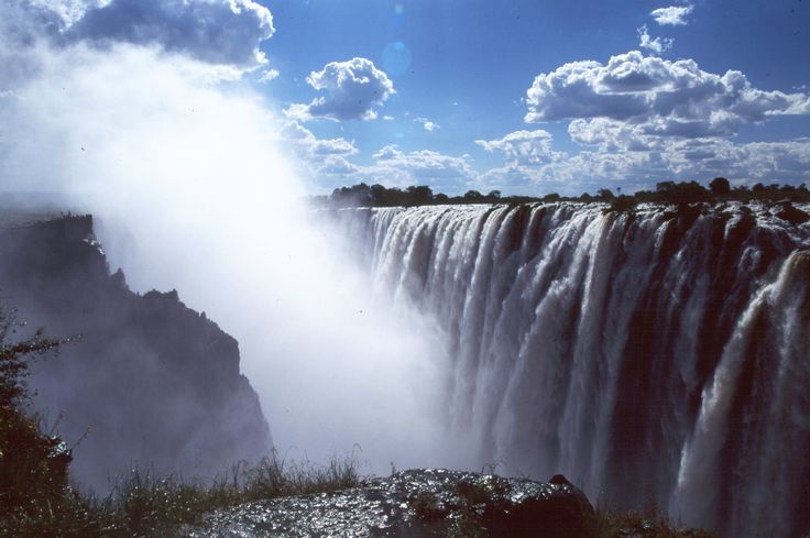 #Victoria #Falls is the perfect conclusion to a romantic safari in Botswana or South Africa, and a suitably dramatic setting for a proposal. #Africa #Zimbabwe #romance #proposal