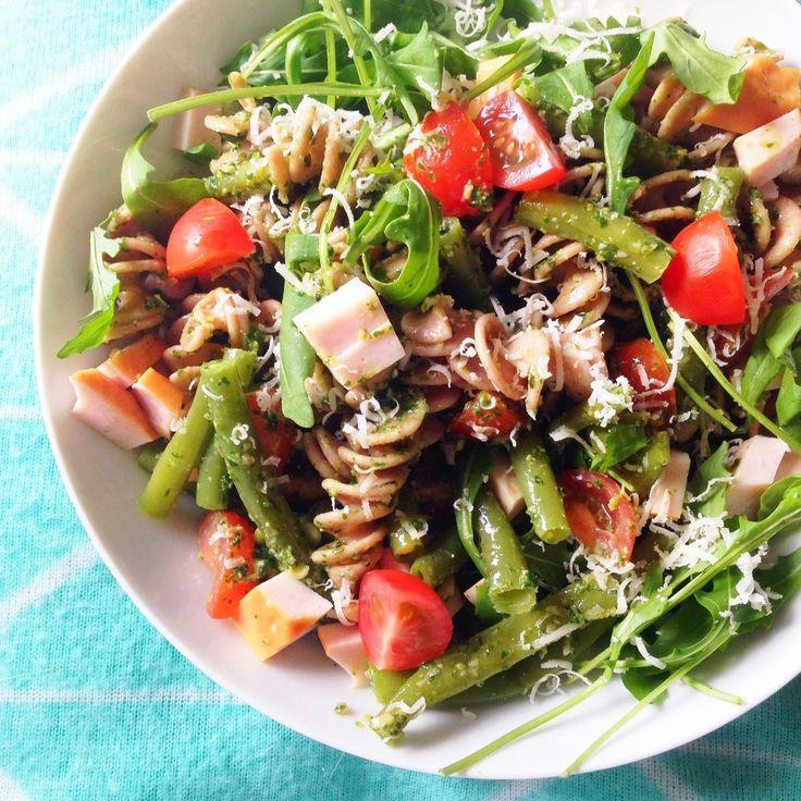 Healthy Living in Heels: Groene Pesto Pasta Salade met Kip