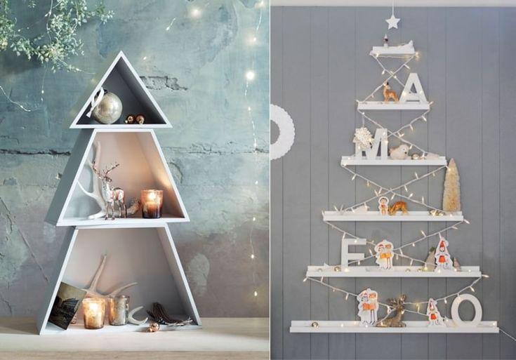Albero di Natale decorazioni e idee da copiare scaffale parete addobbi natalizi candela luci led renna mensole bianche