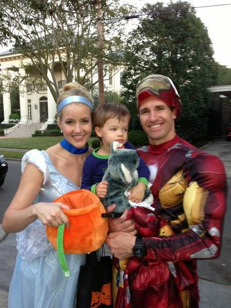 Drew & Brittany Brees with son Baylen trick-or-treating in New Orleans.