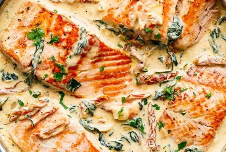 rezept für lachs tomaten getrocknet knoblauch spinat sauce