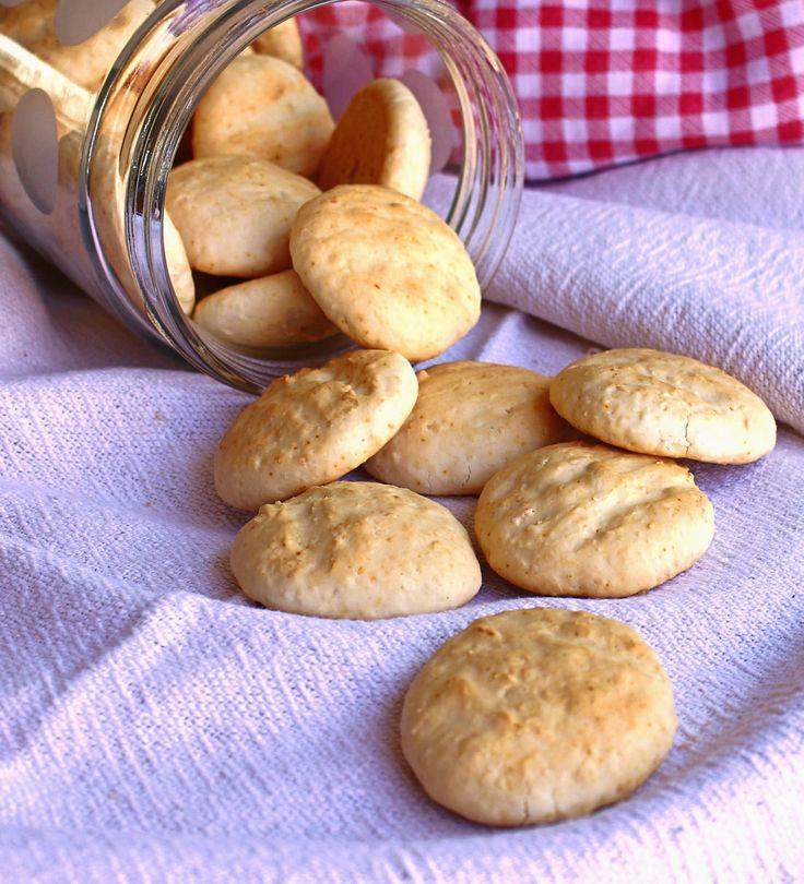 sequilhos de coco (sem glúten e sem açúcar)