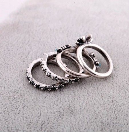 Vintage Silver Rings With Floral Element (4 pcs)