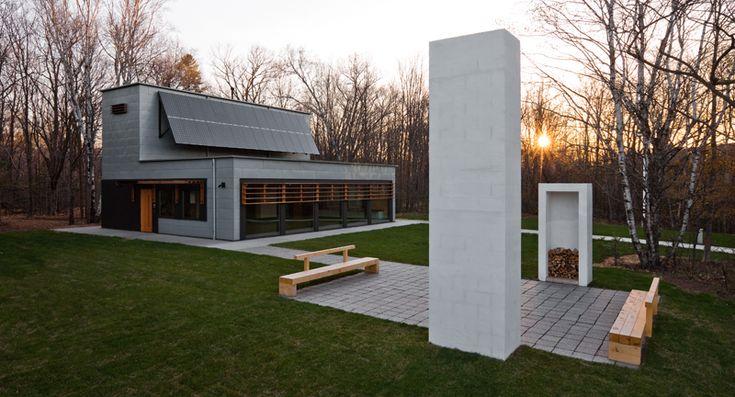 Bagley Outdoor / Salmela Architect