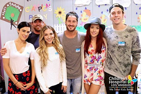 Rumer Willis and More DWTS Cast Members Visit Children's Hospital - Us Weekly