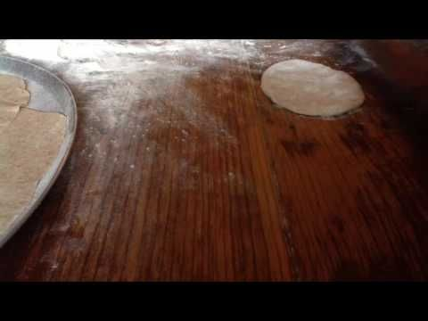 Tortillas de harina de trigo e integral - YouTube