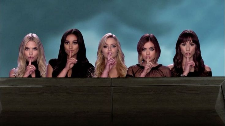 "42.3k Likes, 617 Comments - Pretty Little Liars (@prettylittleliars) on Instagram: ""When #PrettyLittleLiars becomes LEGENDARY. ☝#PLLGameOver"""