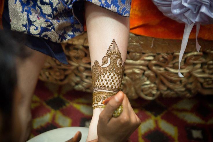 Indian wedding, Delhi summer wedding, mehendi, cocktail, sangeet, bridal mehendi, candid wedding photography