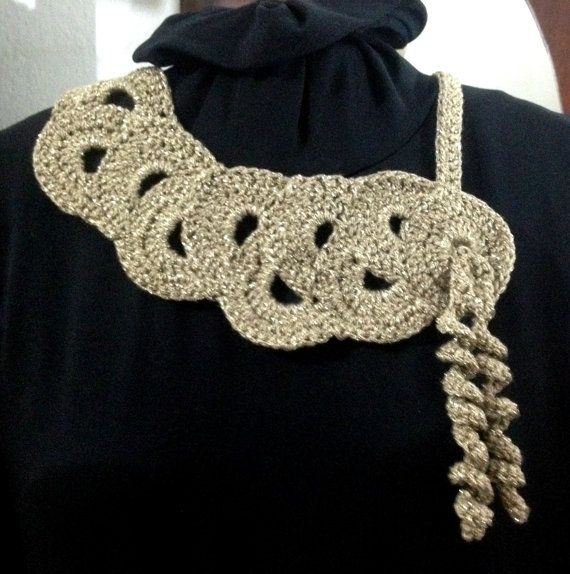 Crochet necklace. Handmade crochet jewellery
