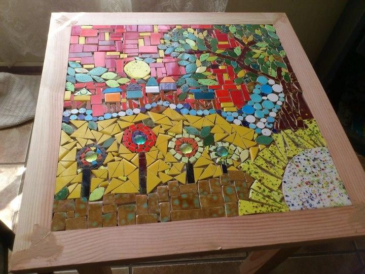 Mesas De Mosaicos. Mosaico. Imagen Titulada Make A Mosaic Table Top ...