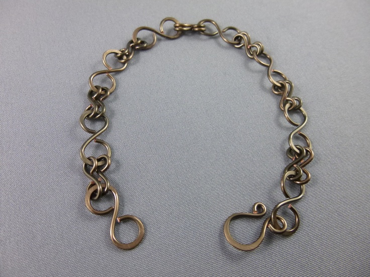 Bronze / copper figure 8's