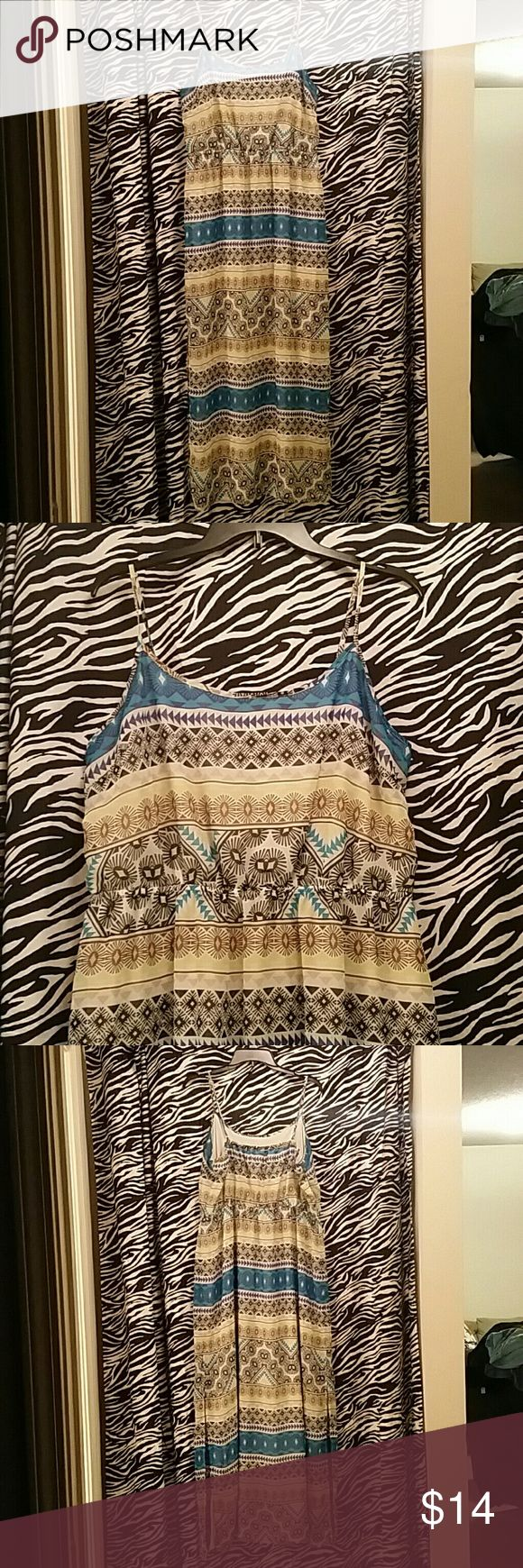 Old Navy Maxi Dress Like new maxi dress from old navy. Cool spring colors in an aztec pattern, a slit on each side of the dress. Old Navy Dresses Maxi