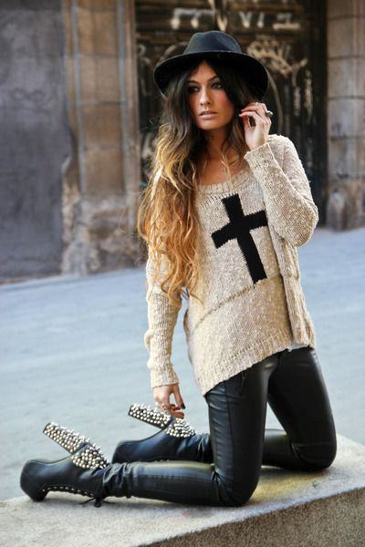 love this style minus the shoe id do boots or flatsShoes, Fashion, Street Style, Jeffrey Campbell, Fall Outfit, Leather Legs, Crosses, Leather Pants, Rocker Chic