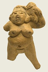 Figure in the Nagoya City Museum /04dogu /ōmon period Dogu scupture, Japan (14,000 BCE-300 BCE)