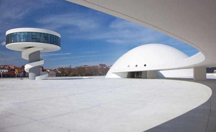 Centro Cultural Internacional Oscar Niemeyer, en Alavés (España).