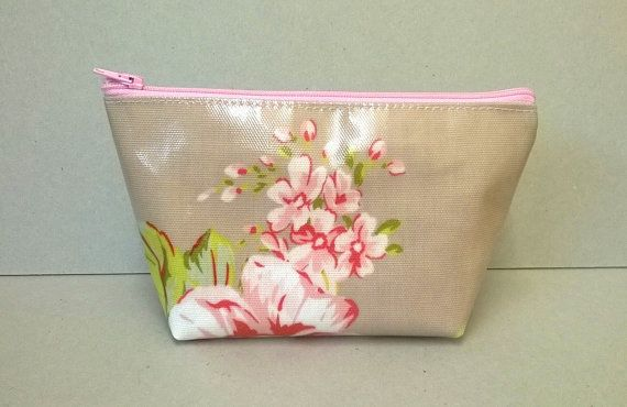 Make up bag in beige with pink flowers, Oilcloth cosmetic bag, Floral make up storage, zipped pouch