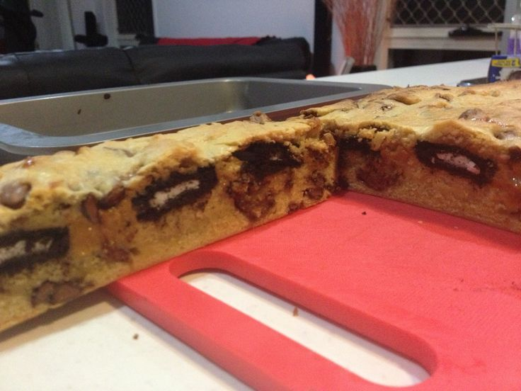 Choc chip cookie dough with an Oreo and caramel layer