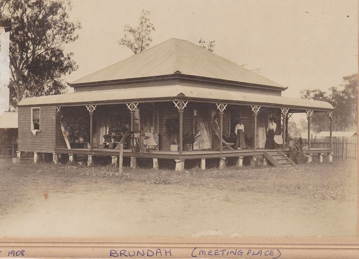 'Brundah' at Greenridge 1908 Alice and Granma on verandah. Built by the Green boys