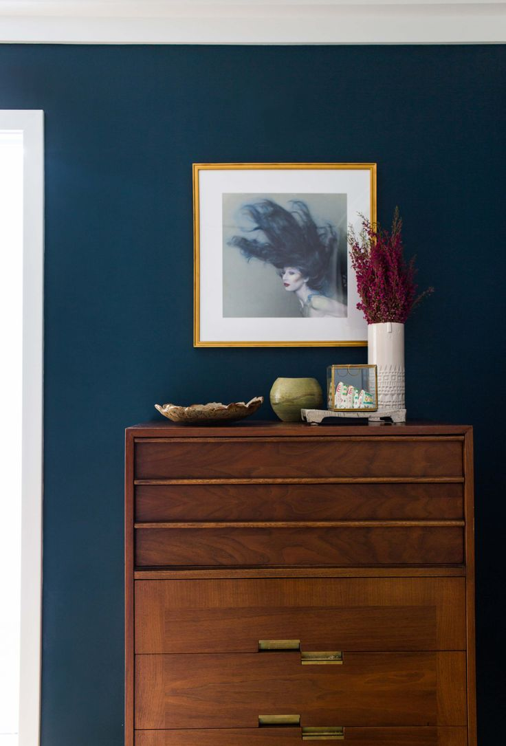 Master bedroom paint accent wall - An Intro To Orlando S Guest Bedroom Navy Bedroomsguest Bedroomsmaster Bedroomaccent Wallroom Paintblue