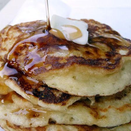 Greek Yogurt Pancakes - 6oz greek yogurt, 1 egg, flour & baking soda - must try - filed in my recioe binder, Lisa A.