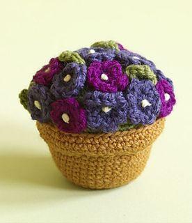 Make It: Potted Plant - Free Crochet Pattern #crochet #amigurumi #free #ravelry