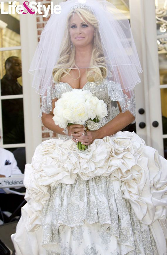 Wedding dress gone wrong real housewife famous for Wedding dress in atlanta
