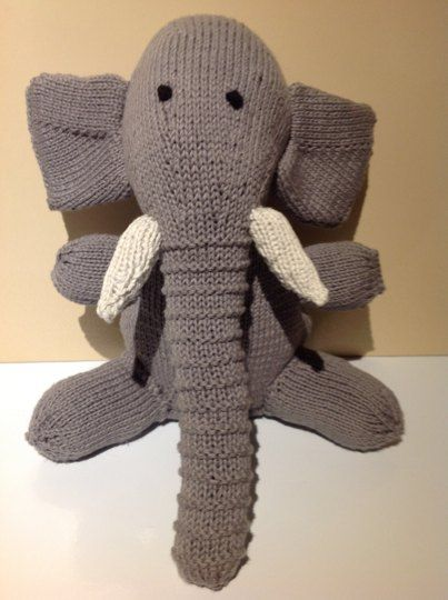 Knitting Arthritis : I started knitting toys months ago to help with