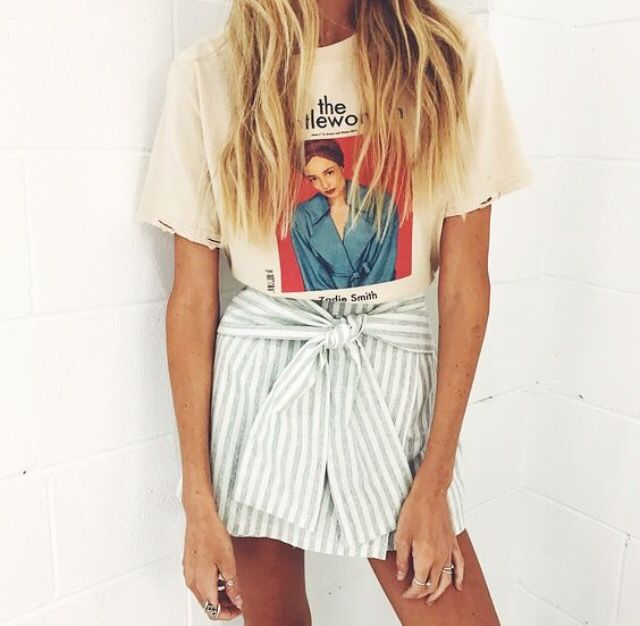 H O L A O L É | white | artsy | stunning | blonde | style | outfit | summer | @lulusxo