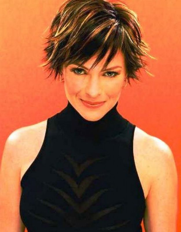 Razor Cut Hairstyles For Women Over 40