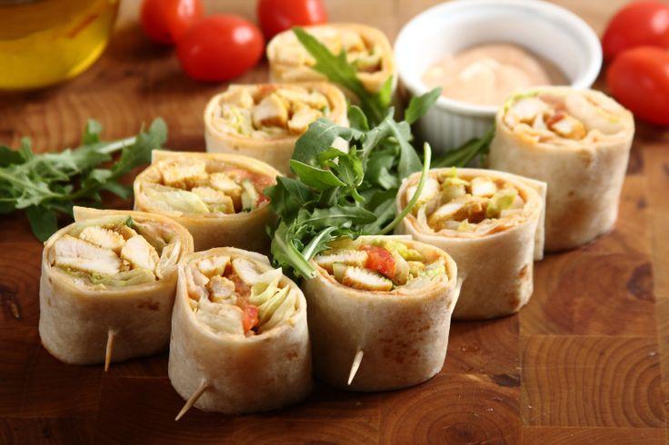 Sprawdzony przepis na Wrapy klasyczne. Wybierz sprawdzony przepis eksperta z wyselekcjonowanej bazy portalu przepisy.pl i ciesz się smakiem doskonałych potraw.