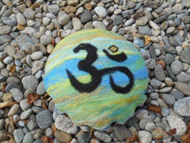 Yogakissen mit Biodinkelspenlz gefüllt auf www.ethnoart.at  Preis € 65
