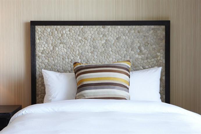 Hotel Deal Checker - Hotel Maya - a DoubleTree by Hilton Hotel