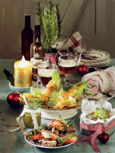 Her får du 4 fantastiske opskrifter på lækre retter, der er uundværlige på julefrokostbordet