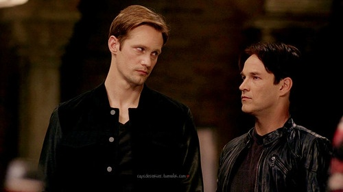 I looooooove this look that Eric is giving Bill.  This sums up how I feel about everything Mr. Compton right now.