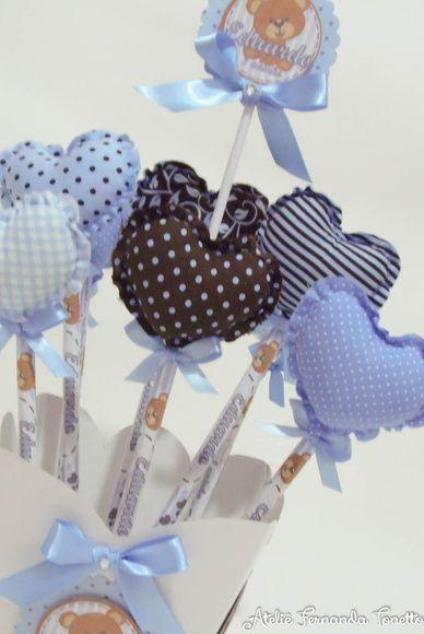 Lápis personalizado para lembrancinha, com ponteira de coração em tecido. Confeccionamos no tema e cores desejadas. R$ 3,00
